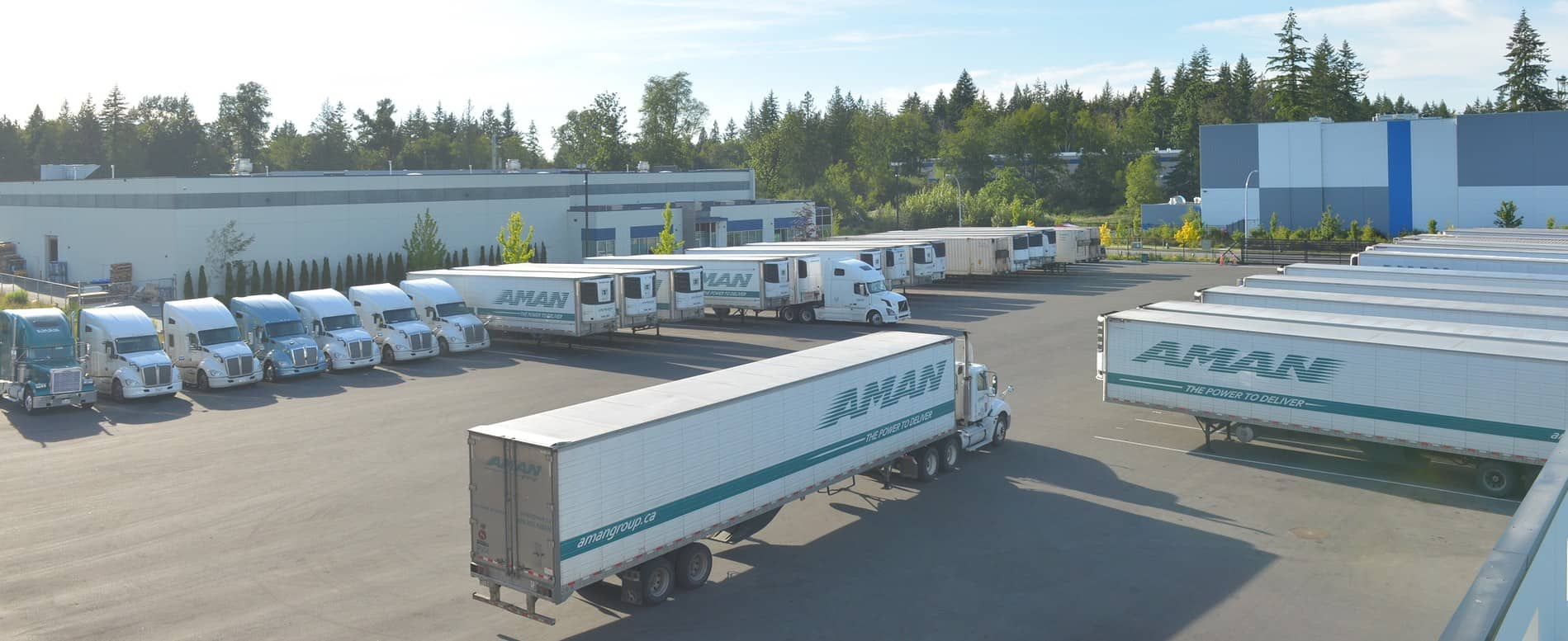 AMAN truck reefers parking lot